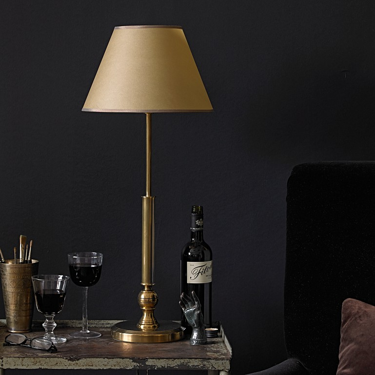 All about brass table lamps
