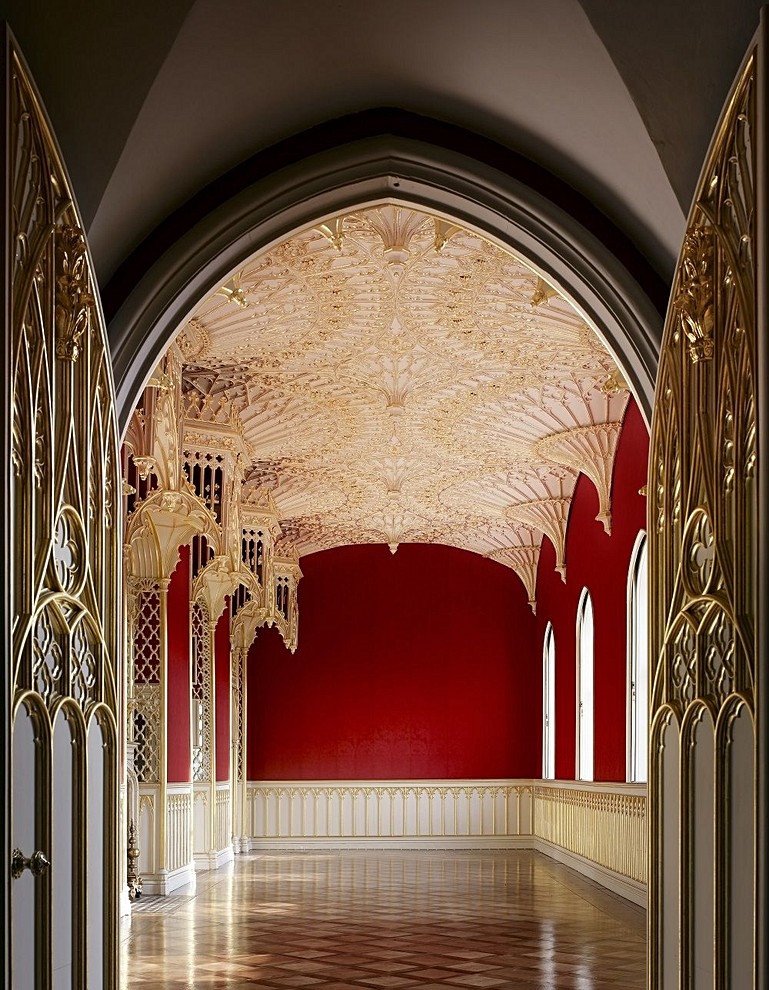 Amazing House Interior Design: Amazing Interiors: Strawberry Hill House