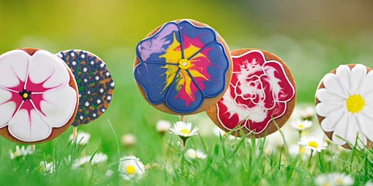 Mothers Day Gifts & Mother's Day Gift Ideas from the Biscuiteers